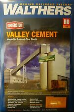 Walthers HO #933-3098 Valley Cement Plant (Kit Form)