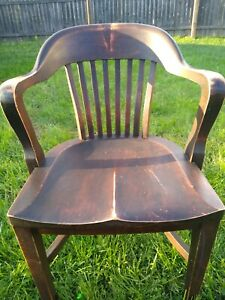 Vintage Court House Bank Lobby Oak Office Chair. B.L. Marble Chair Co. 1950s