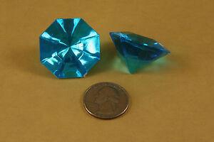 18 Piece Pack of 25 Carat Acrylic FLATHEAD Diamonds for Weddings 5 OZ. Bag