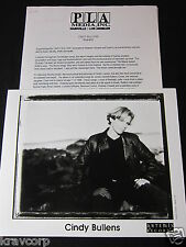 CINDY BULLENS 'SOMEWHERE BETWEEN HEAVEN & EARTH' 2000 PRESS KIT--PHOTO
