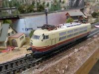 Marklin 3054 HO TEE Electric Locomotive, 3 rail, Analogue