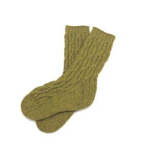 Handgestrickte Socken mit Kabelmuster aus Merino-Wolle mit Yak – Gr. 30/31