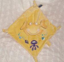 Doudou velours carré crabe Mots denfants jaune + attache tétine (26x26cm)