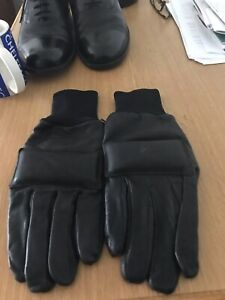 British Army Northern Ireland Black leather Combat Gloves,SZ 9 1990's issue.New.