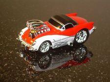 MUSCLE MACHINES 53 CHEVY CORVETTE DIE CAST CAR 1/64 1953 CHEVROLET VETTE RED