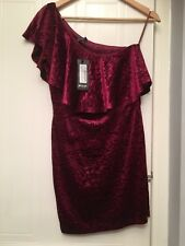 Sexy Bodycon Nastygal Deep Red Velvet One Shoulder Dress New With Tags 10
