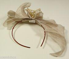 Chapeau de cérémonie femme serre tête TOUT en TETE beige papillon women new hat