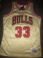 Mitchell & Ness Scottie Pippen NBA Chicago Bulls Gold Swingman Jersey L & 2XL