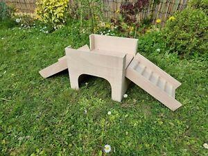 Guinea Pig Castle Hideout Shelter play House Hideaway hutch 12''x13''10''