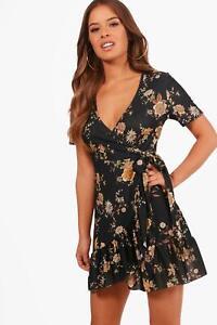 NWT BOOHOO Beth TEA DRESS 6 8 FLORAL faux WRAP RUFFLE frill mini FLIRTY Petite