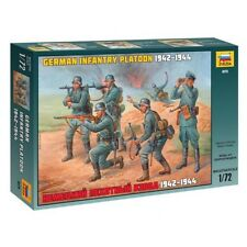 ZVEZDA 8078 GERMAN INFANTRY PLATOON 1942-1944 WWII SCALE MODEL KIT 1/72 NEW