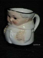 + # a014311_06 Goebel Archive motif Friar tuck cardinal blanc lait gießer s141