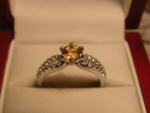 LOVELY  925 SILVER ROUND STONE CITRINE AND TOPAZ RING SIZE 8 / P