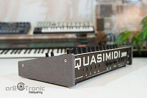 Quasimidi 309/Polymorph Wood Stand Side Sidepanels Desktop Stand MDF