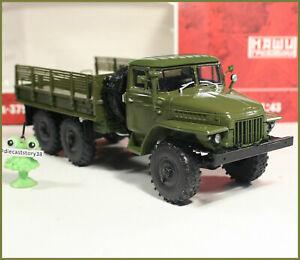 1:43 URAL 375D Militar Pritsche 6x6 russian flatbed truck USSR CA UdSSR DDR NVA
