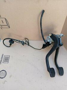 BMW E46 325i Manual Transmission Clutch Pedal Assembly/ Clutch Lines