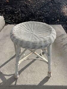 "VTG 1960s 18"" Round White Wicker Stool Plant Stand Vanity Seat Mid-Century Mod"