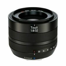 Carl Zeiss Touit 32 mm F/1.8 APS-C Objektiv
