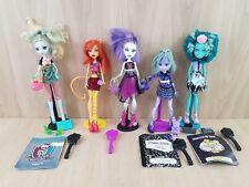 Muñecas Monster High Muñeca 5 Paquete. Lagoona Blue, ataúd Bean, miel Bean, Twyla.