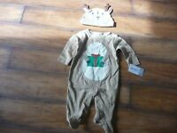 NEW NWT Carters boy/girl 3 months Christmas Reindeer sleeper and hat set SO CUTE
