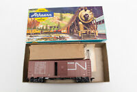 HO ATHEARN KIT CANADIAN NATIONAL 40' FT BOX CAR KIT 1209 CN