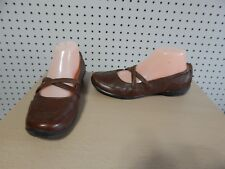 Womens Strictly comfort shoes - brown - size 8 ~ 026-2010