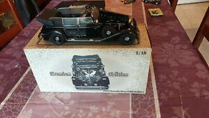 Mercedes Benz 770K1938 pullman / avec personnages / SIGNATURE MODELS /