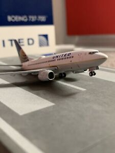 GJ 400 scale diecast model United Airlines B 737-7 Commercial Airliner N12754