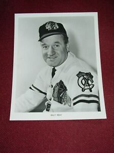 1970 Chicago Blackhawks Coach Billy Reay Photo NHL Org Press Team Issue Okmin