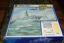 Hornby Minic Ships 1/1200 Scale Diecast M906 - Naval Harbour Set excellent