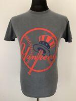 New York NY Yankees Logo Retro Vintage Grey Tee T Shirt Sports Baseball Small S