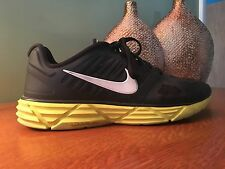Nike Womens Lunar Sweet Victory Black/White/High Voltage Running Shoe 9.5