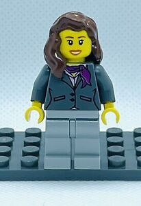 Lego Town City Mini Figure Cty0169 Airport Female Worker From Set 3182