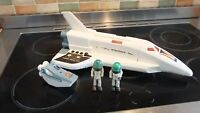 VINTAGE FISHER PRICE ALPHA PROBE, WITH 2 X FIGURES AND POD, IN VGC COND,