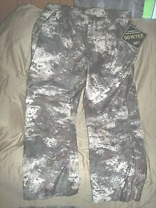 Mens 2X Tall Goretex Rain Pants O2 Octane Camo Hunting Pants MT050 Camo Pants