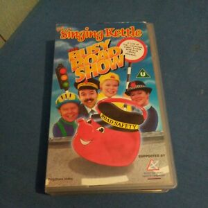 The Singing Kettle - The Busy Road Show (VHS/SH, 1997)