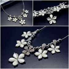 Collar Corto de estado de cuenta flor encanto plateado blanco Reino Unido