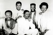 Earth Wind And Fire Poster 24inx36in (61cm x 91cm)