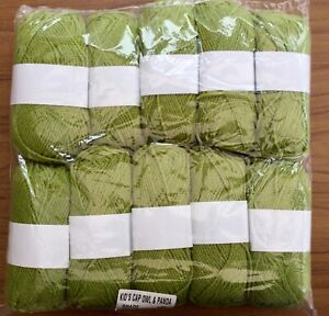 DK Double Knitting Yarn - 460g Approx - Green #347