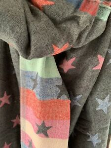 Grey And Pastel Revisible Jacquard star  Scarf POM Boutique