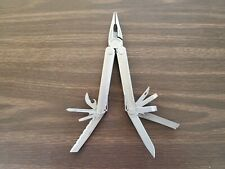 1 Leatherman CORE  Multi Tool Knife Great condition 003p