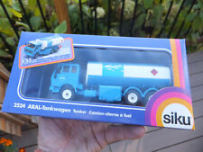 New Boxed German Siku - ARAL Tanker Tankwagen  #2524 1:55 Scale