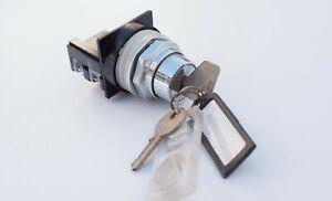 Schneider Telemecanique   CR10AP  Key Switch Head Stay Put