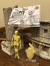 Vitruvian HACKS Series 1 YELLOW Skeleton figure new Boss Fight Studio MIB