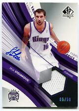 2004-05 SP Authentic PEJA STOJAKOVIC Rare On-Card Auto Jersey Fabrics Kings #/50
