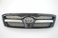 2009 TOYOTA HILUX 3.0 4WD FRONT BUMPER GRILL & BADGE OEM GENUINE 53100-0K100