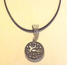 collier cordon ciré noir 47 cm avec pendentif médaille argentée zodiaque vierge
