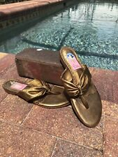 Lilly Pulitzer Women's Green Leather Floral Accent Thong Slip On Sandals Sz 6.5M