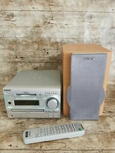 Sony Mini Hi Fi Component System DHC-MD333 with Remote CD Mini Disc And Radio