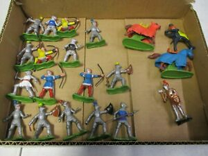 Britains Plastic Knights and Horses Lot
